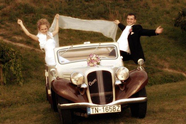 Marcela Cápayová{{_AND_}}Juraj Hollán - Celá svadba bola teda parááááádna jazda!