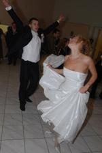 O tanečné kreácie nebola núdza :-)