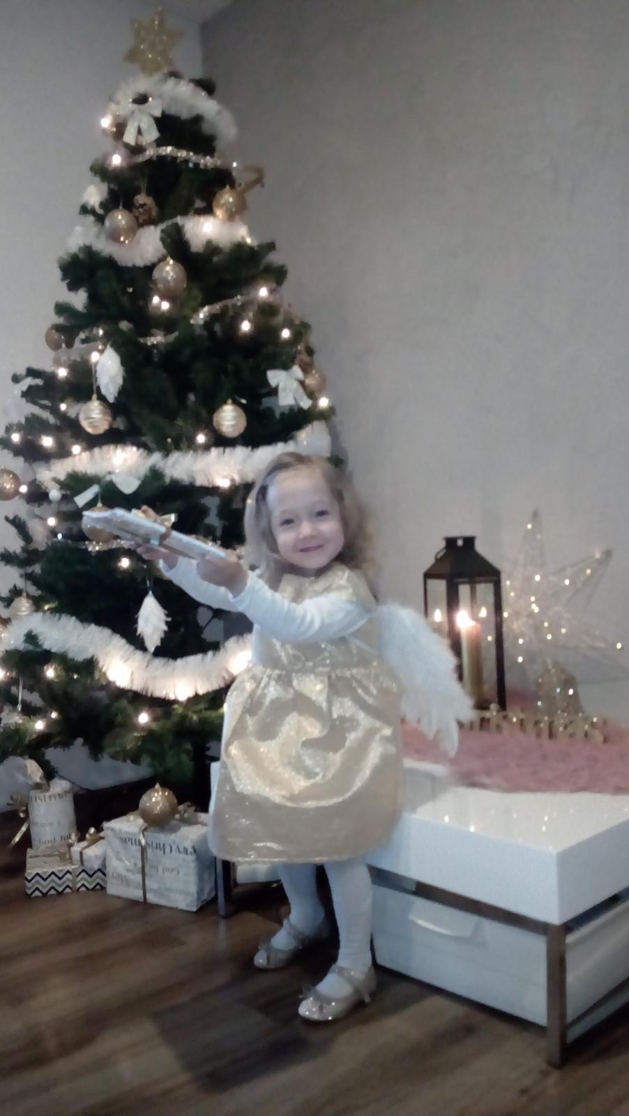 Ten náš <3 - Krásné Vánoce všem ;)