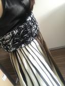 asimetricke spoločenské šaty, 36