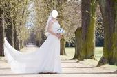 jednoduché zeštíhlující svatební šaty 36/38, 38
