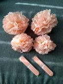 Papírové květiny - lososová,