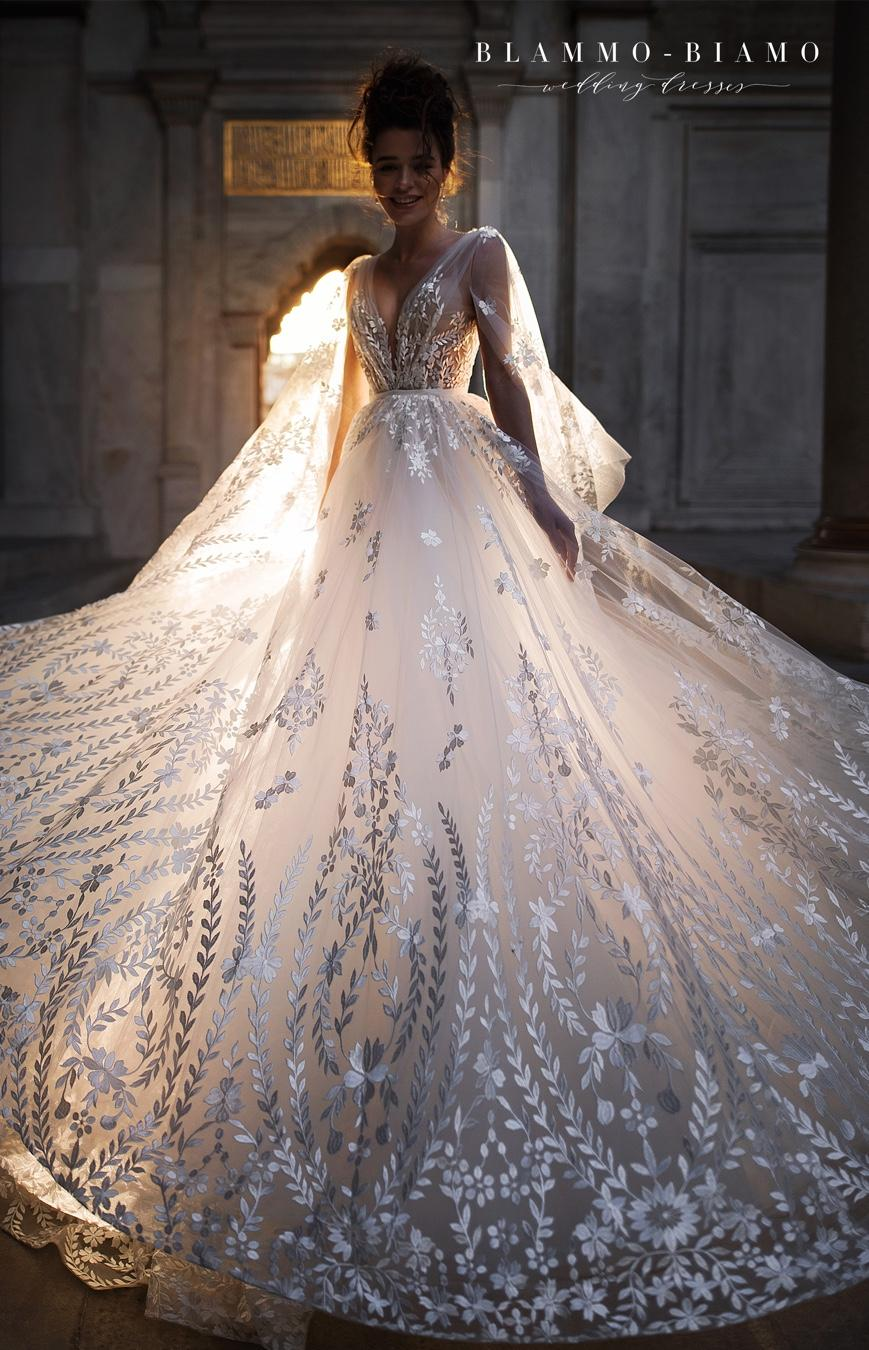 Naše svatební šaty NILSA - Obrázek č. 1