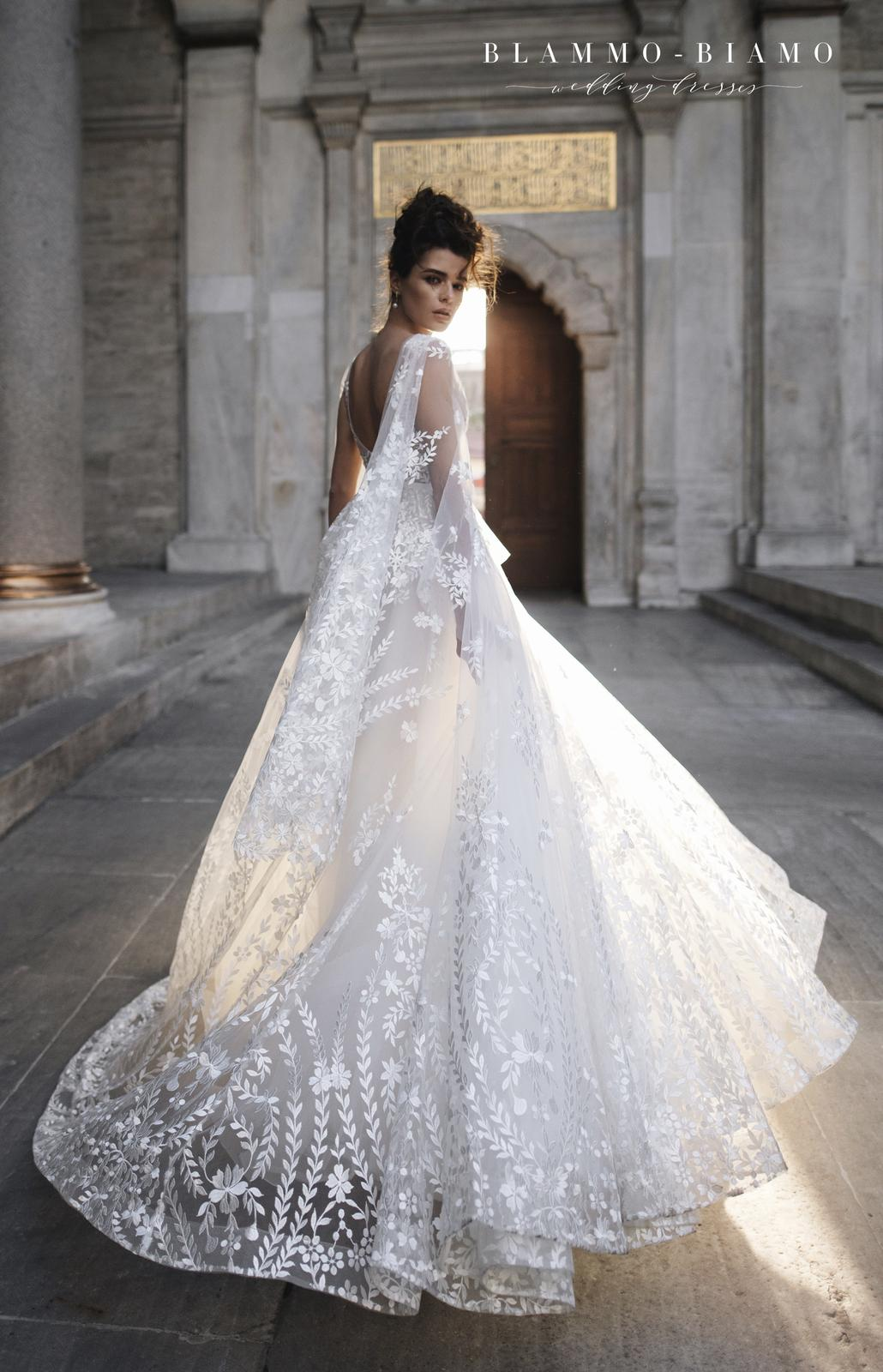 Naše svatební šaty NILSA - Obrázek č. 8