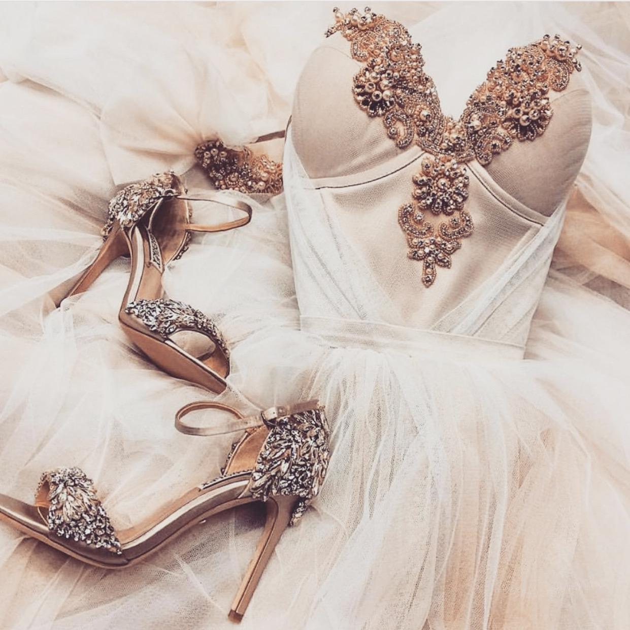 Svatební šaty NORA - Obrázek č. 1
