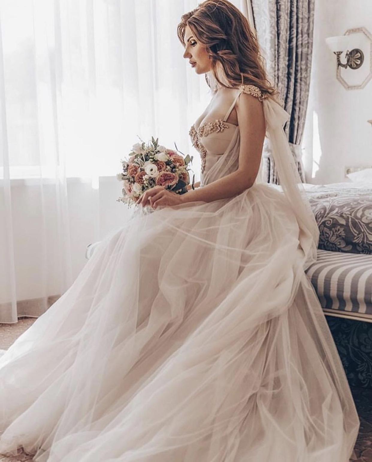 Svatební šaty NORA - Obrázek č. 2