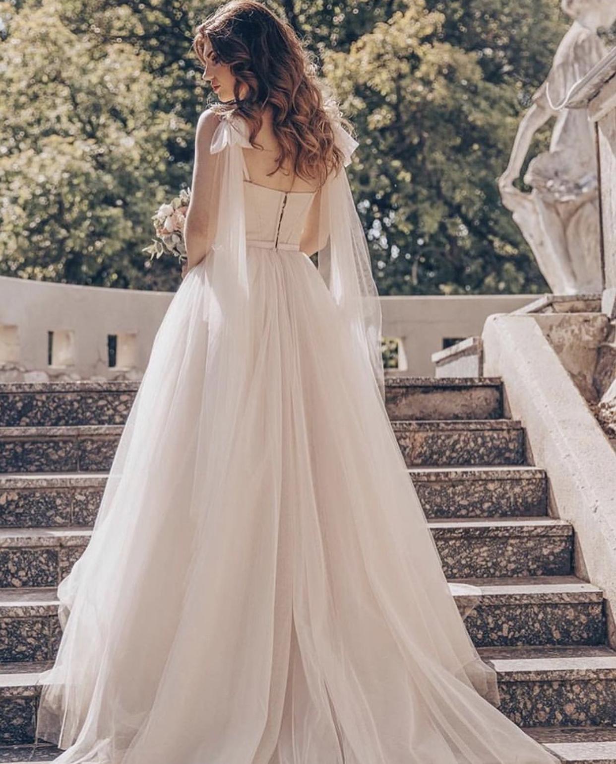 Svatební šaty NORA - Obrázek č. 4