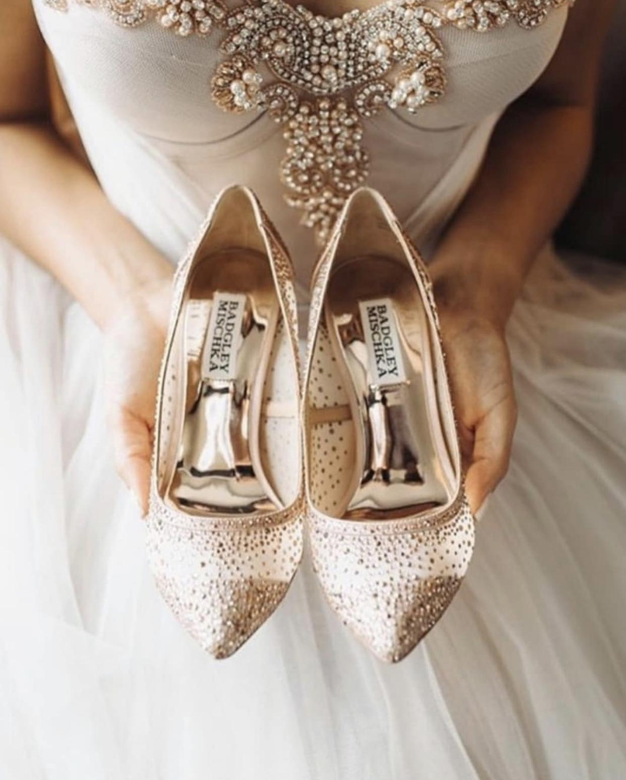 Svatební šaty NORA - Obrázek č. 5
