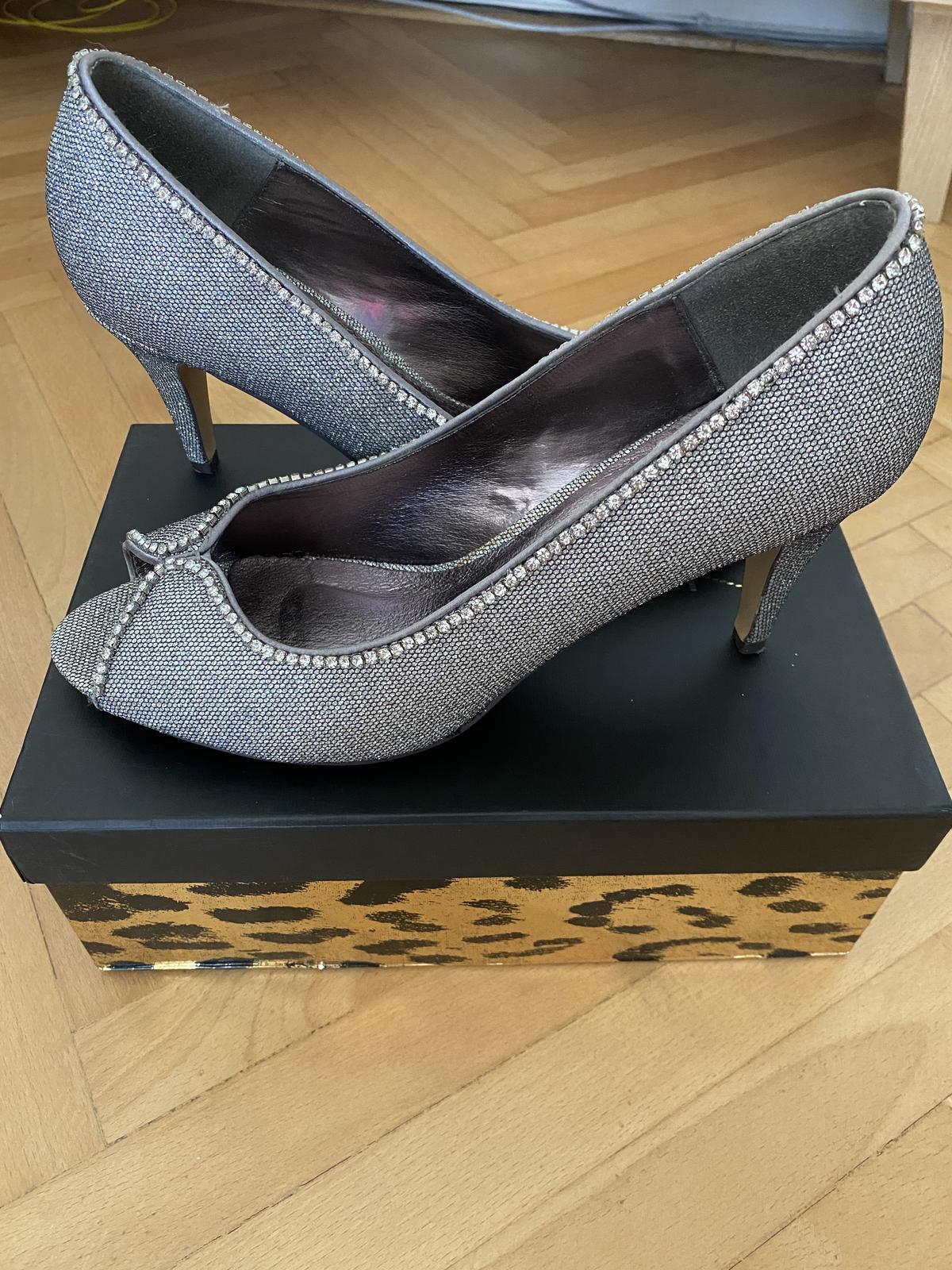 strieborné topánky - Obrázok č. 1