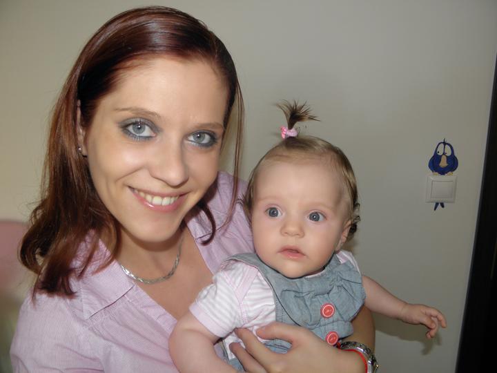 6 mesacna slecinka Rebeka