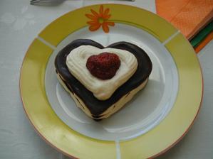 A dalsia dobrotka - mrazene cokoladovo karamelove srdiecko (vlastnorucna praca)