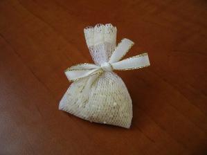 ryža - zbytočnosť, ale nekúp to :o))