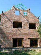 Začínáme dělat střechu ... pohled zespoda