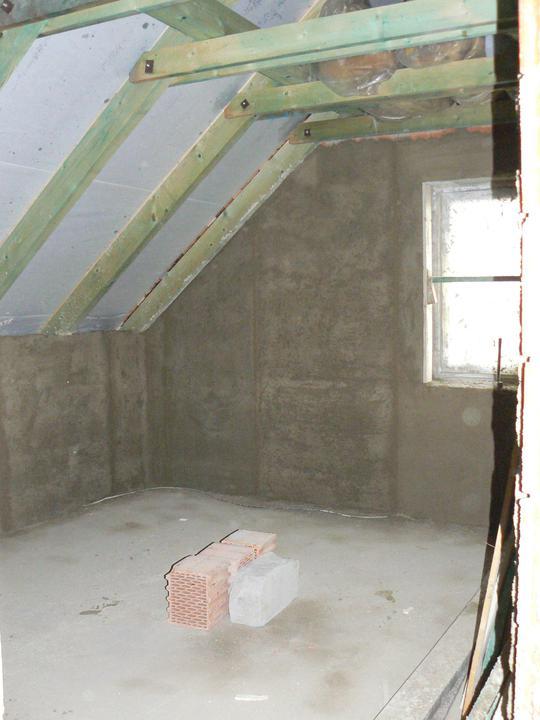 A takhle už vypadá naomítaná ložnice. Konečně něco jinýho než jen furt ty cihly :o)