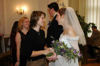 Mája, Zuzka a Eva gratulují