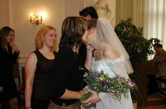 Mája a Zuzka gratulují (to snad nemá konce)