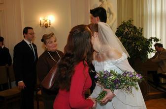 Katka a Irča gratulují