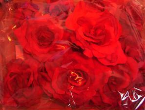 a tu sú už objednané ružičky na autičko