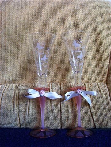 Veronika a Marek - naše krásne svadobné poháriky, ale su troška zle vyfotené