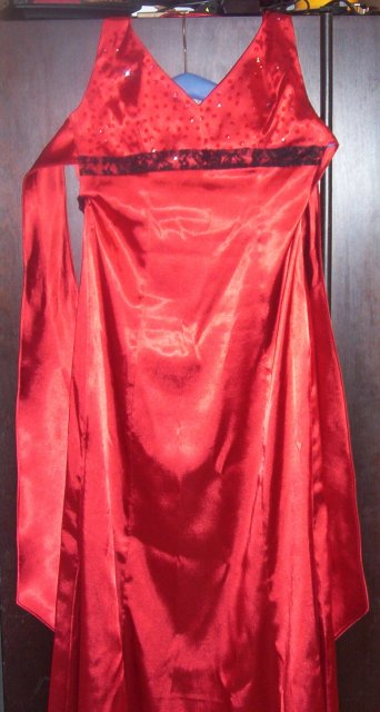 Veronika a Marek - popolnočné šaty