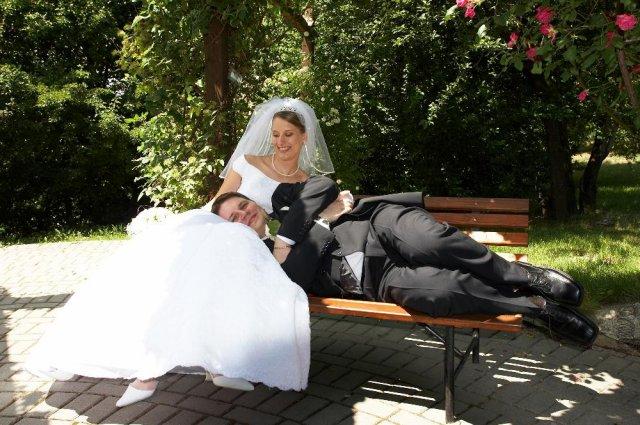 """Mirka Jaslovská{{_AND_}}Paľko Farkaš - """"To je ale pohodička, dnes sa len žením..."""""""
