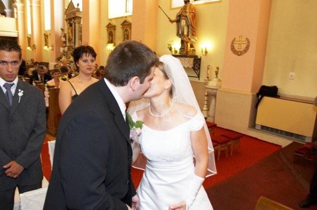 Mirka Jaslovská{{_AND_}}Paľko Farkaš - Prvý manželský bozk