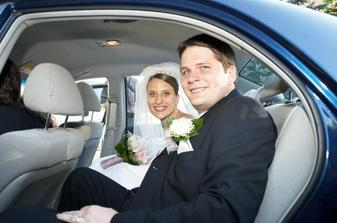 V svadobnom autíčku