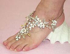 toto je vraj ozdoba na nohu.nie som si ista ako by sa to dalo nosit ale vyzera to spicovo nie?
