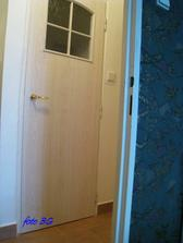 panelákové atypické dvere do wc š. 65 cm - zvolila som ich reparáciu ..p. Bán z Ivanky pri Dunaji to zvládol skvelo ... na nerozoznanie od nových