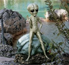 socha mimozemstana do zahrady
