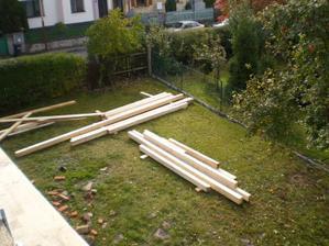 dřevo na střechu