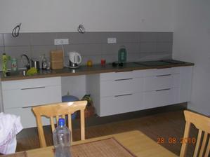 kuchyň - nedokončená, ale už funkční :-)