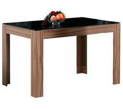 jídelní stůl, jen pořád nemůžu najít vhodné židle