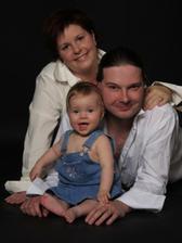 naše rodinka 2,5 roku po svatbě, dcera Míša cca 10 měsíců