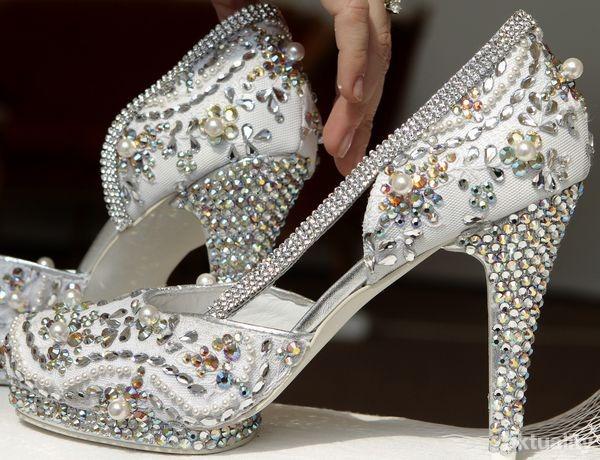 Svadobné a fialové - krásne topánočky