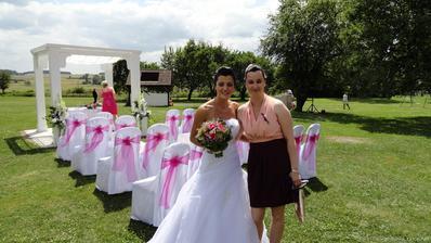 a po dvou letech od naší svatby se vdávala naše skvělé cukrářka Andy