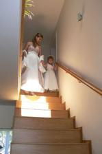 ... naše písnička Stairway to heaven. Honzík na mě čekal pod schody. Větší romantiku jsem v životě nezažila