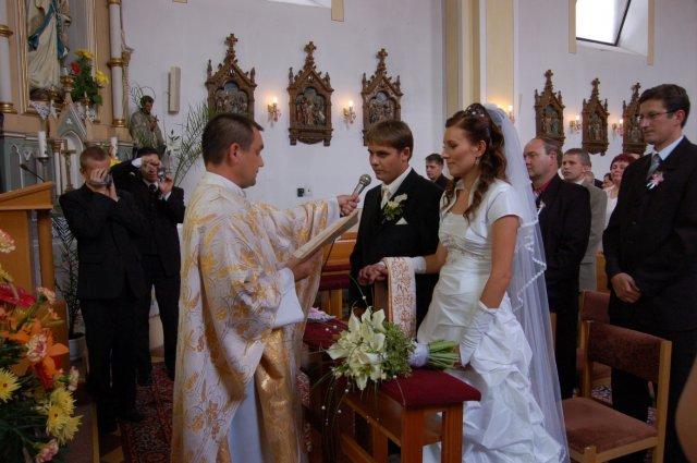 Janka{{_AND_}}Andrej - v kostolíku pri sľube