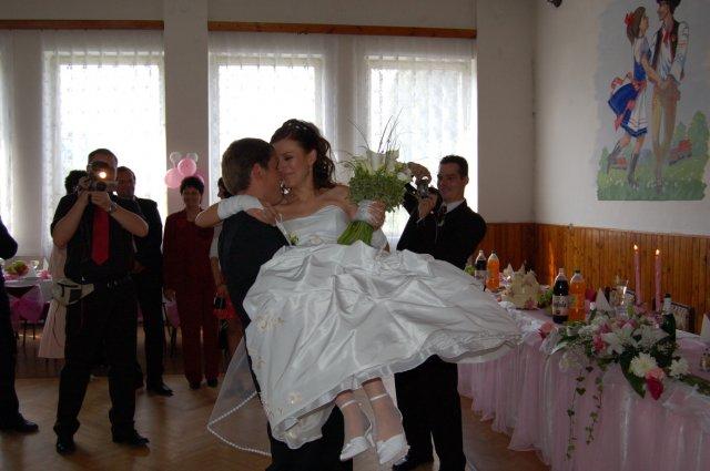 Janka{{_AND_}}Andrej - už si ma nesie