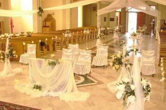 překrásná výzdoba kostela