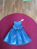 Šaty s visačkou, 110
