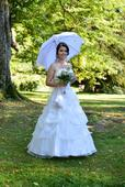 Svatební šaty pro menší nenáročnou nevěstu, 36
