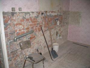 vybouraná kuchyně