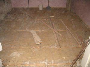 kuchyně-pod podlahou