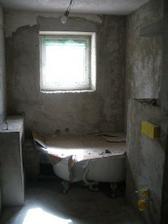 koupelna před obklady