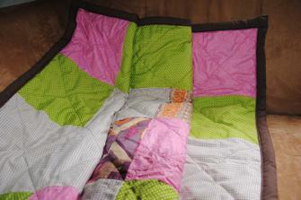 Moje prvni patchworkova deka.
