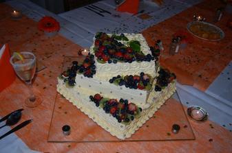 Svatební dort...byl úžasný, výborný.