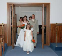 Příchod do svatební síně
