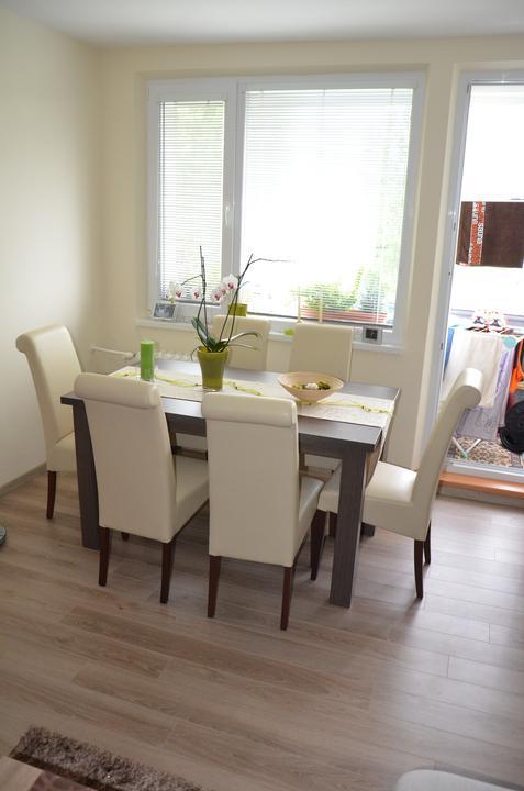 Moja práca- nábytok na mieru - jedalensky stol na mieru