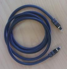 Isiel som si kupit do optiku audio kabel a skoro ma vyvratilo ceny cez 20€. Tak som pohladal u dodavatela a takyto cacany som zohnal po 5€ :)